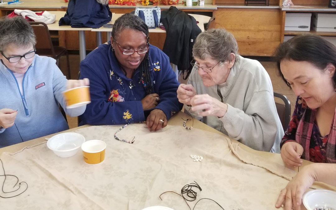 Braintree Members Get Jewelry Making Lesson